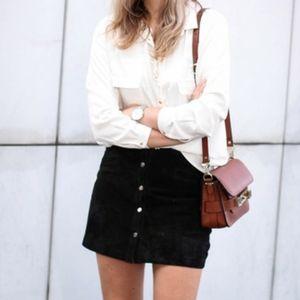 H&M vegan suede button front skirt